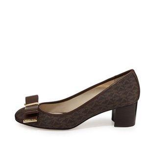 🔥Michael Kors🎊 Kiera Brown Logo Bow Mid Heels